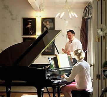 Mollies - Jack singing, Frances accompanying him