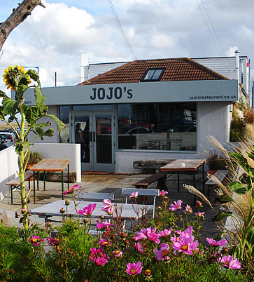 The Artist's Beach House, Whitstable - jojos restaurant
