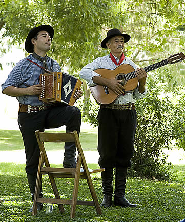 Estancia El Ombu, San Antonio de Areco, Argentina - musician