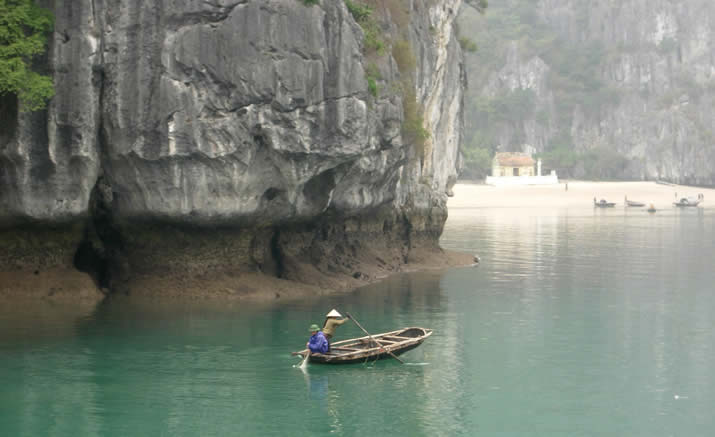 Vietnam, Ha Long