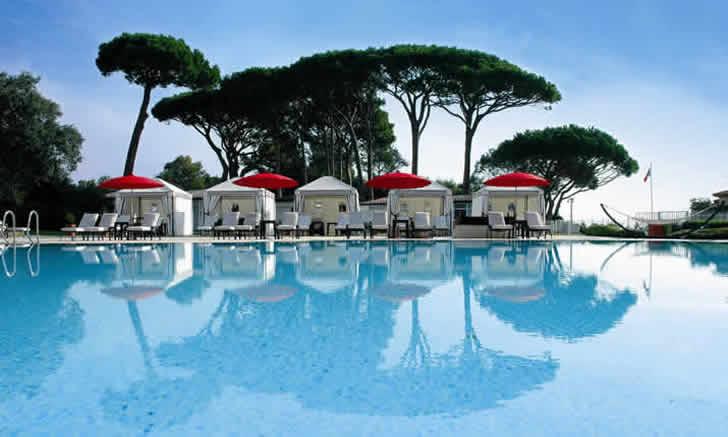 Swimming pool, Hôtel Le Beauvallon