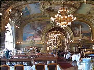 Paris, Train Bleu  - Photographer Corey Amaro