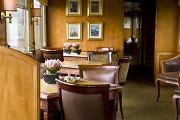 The Blue Train, South Africa - lounge bar