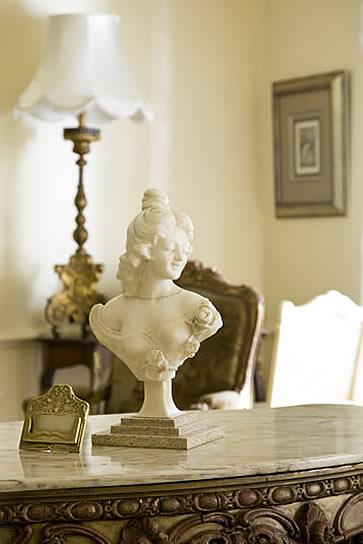 Illyria House Hotel, Pretoria, South Africa - bust