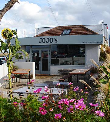 The Artist's Beach House, Whitstable - jojos restaurant