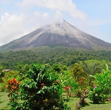 Costa Rica Adventures, Arena Hotel volcano